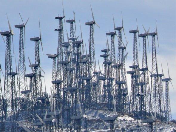 tehachapi--wind-turbines-P1