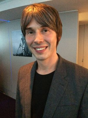 By cellanr - Prof Brian Cox, CC BY-SA 2.0, https://commons.wikimedia.org/w/index.php?curid=30982875
