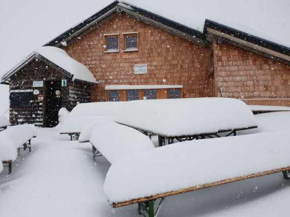 Gamskarkogelhütte-auf-2.467m-1-768x576