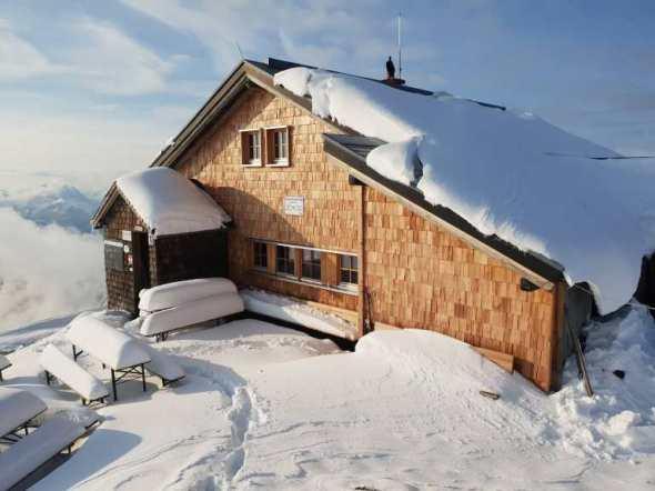 Gamskarkogelhütte-auf-2.467m-3-768x576