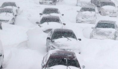Chicago-Snowstorm-e1543315475145