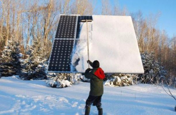 snow-solar-panels-best-practices-civicsolar.jpg